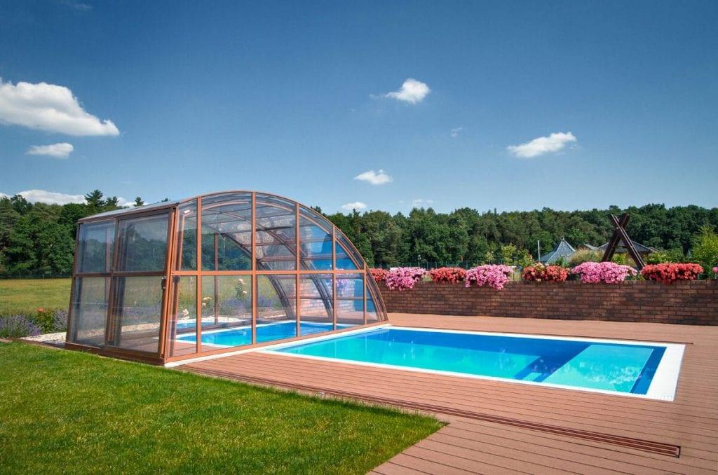 Bazén musí vydržet. Jaký materiál zvolit?