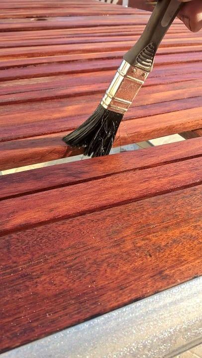 K čemu je dobré moření dřeva