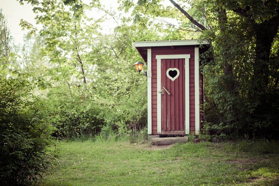 dry-toilet-1411204_960_720