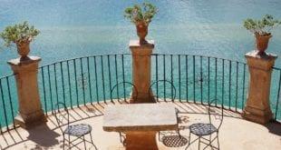 Balkony a terasy - místo letního odpočinku