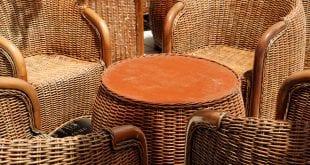 Ratanový nábytek vypadá skvěle a je velmi odolný