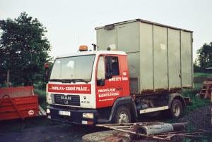 Zbavte se nepořádku pomocí kontejnerové dopravy