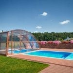 Plastový bazén a zastřešení bazénů – to je ideální kombinace