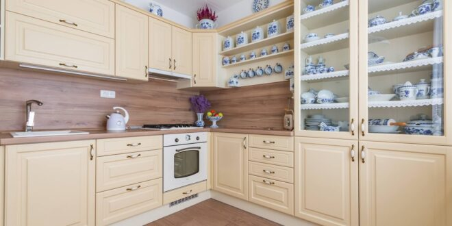 Díky rustikální kuchyni si pustíte do domu kousek venkova