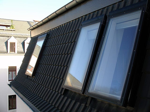 Renovace starých oken omladí celý dům