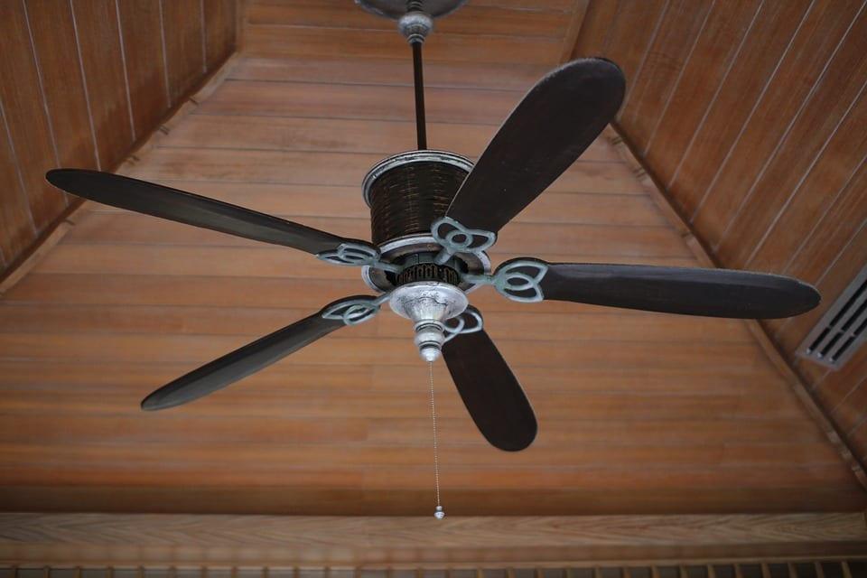 Vybíráme stropní ventilátor