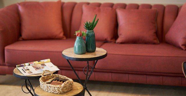 Nábytek je součástí domácností. Co má v každém domě místo?