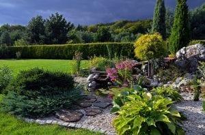 garden-1837438_960_720