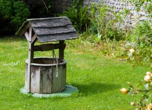 wooden-wishing-well